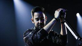Chester Bennington Tanpa Tato Api dalam Memori Mike Shinoda