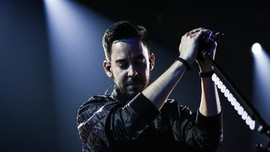 'About You,' Ungkapan Mike Shinoda tentang Chester Bennington