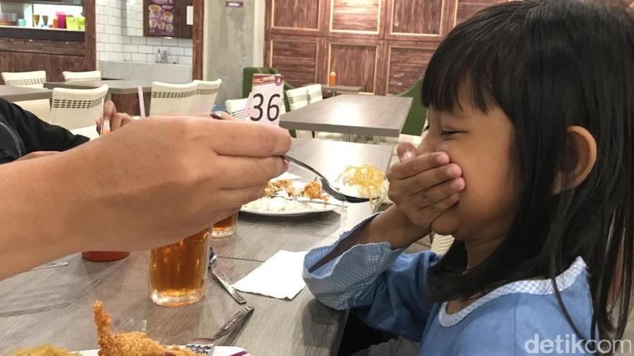 Duh, Anakku Kok Nggak Mau Makan Nasi Sih?