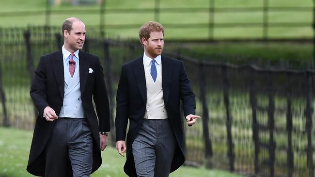 Pemakaman Pangeran Philip pada akhir pekan mendatang disebut-sebut dapat menjadi kesempatan bagi kedua cucunya, William dan Harry, untuk rujuk.