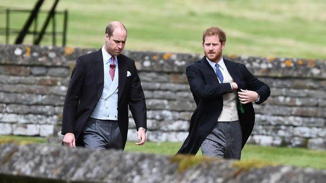 Tak hanya bersedih hati atas keputusan Harry-Meghan mundur dari kerajaan, Pangeran William tetap menyimpan harap agar keluarganya dapat kembali bersatu.