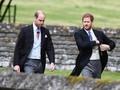 Pangeran William Curhat 'Ditinggalkan' Harry