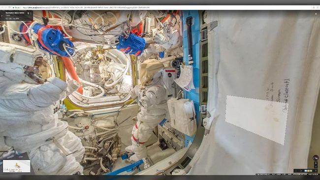 Kosmonaut Rusia berhasil menemukan kebocoran udara di ISS atau stasiun luar angkasa internasional berkat daun teh.