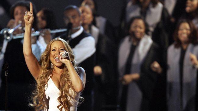 Dari Justin Bieber sampai Mariah Carey mengambut Hari Natal tahun ini dengan menyebar pesan semangat menghadapi pandemi virus Corona.
