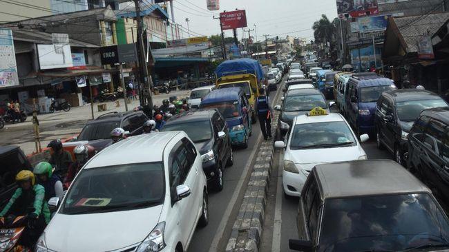 Pemerintah Kota Depok bakal memberi keringanan kepada penunggak Pajak Kendaraan Bermotor selama satu bulan terhitung 10 November-10 Desember 2019.