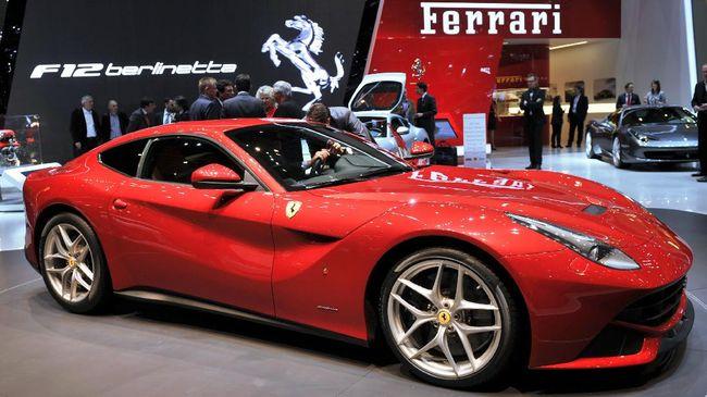 Supercar selundupan merek Ferrari model 458 Speciale dilelang Kantor Pelayanan Kekayaan Negara dan Lelang (KPKNL) Palembang.