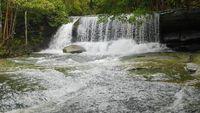 Wisatawan Kepincut Wisata Alam Pancur Aji di Entikong