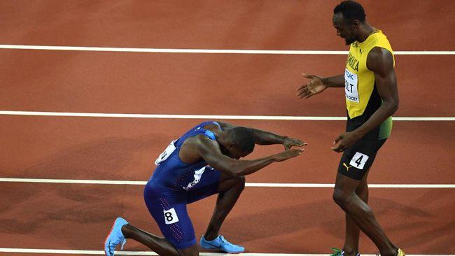 Kecepatan lari atlet asal Jamaika, Usain Bolt, tak lagi hanya dibandingkan dengan manusia, tapi juga hewan seperti citah dan kuda.
