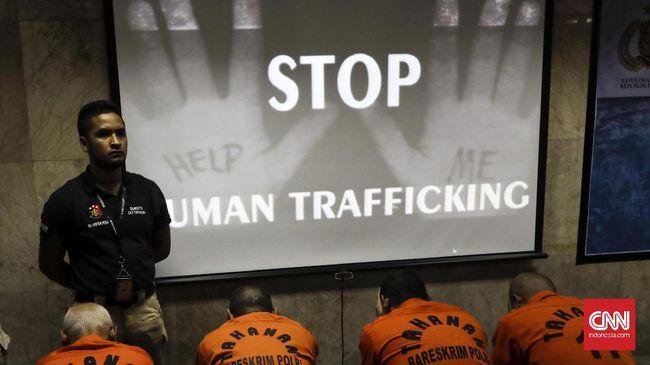 Di Indonesia diperkirakan terdapat 1,22 juta orang yang dieksploitasi atau termasuk kategori perbudakan.