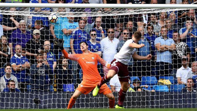 Sam Vokes Semringah Cetak Dua Gol ke Gawang Chelsea