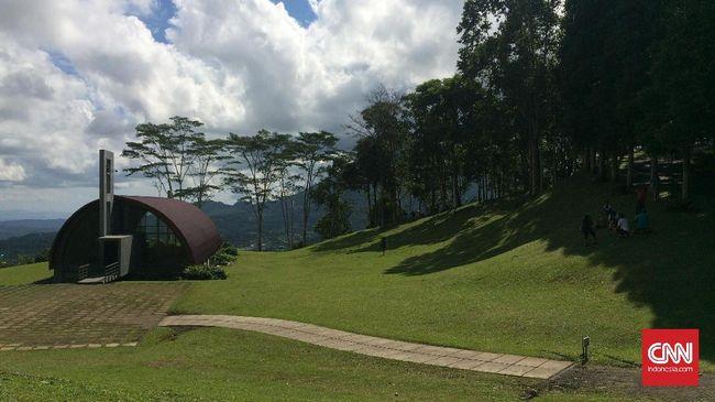 Potensi alam dan kebudayaan membuat Manado menjadi salah satu destinasi favorit wisatawan mancanegara.
