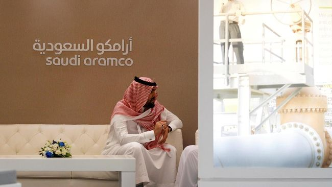 Saudi Aramco tidak akan menunda rencana IPO walaupun sekarang mereka sedang berupaya memulihkan produksi yang akhir pekan lalu diserang.