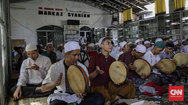 Tim advokasi Markaz Syariah Megamendung, Bogor, menyerahkan jawaban somasi kepada PTPN VIII. Mereka gagal berdialog karena tak mengantongi rapid test antigen.