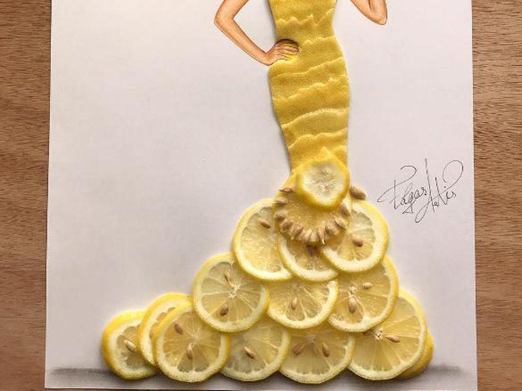 Butuh waktu 3-8 jam untuk membuat sebuah karya. Lemon Bae buatan Edgar ini tampak segar dengan irisan kulit dan potongan lemon. Foto: Edgar Artis