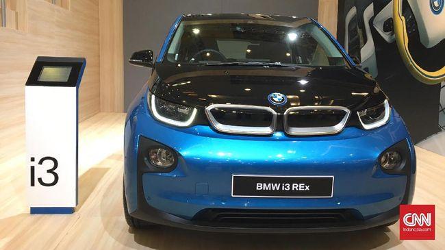 BMW pamer mobil listrik terbarunya i3 ke Indonesia, meski belum berencana memasarkannya dalam waktu dekat.