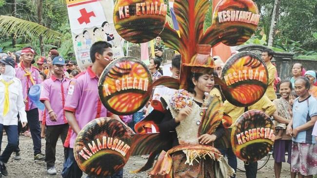 Serunya Karnaval di SMK Yos Sudarso Cilacap