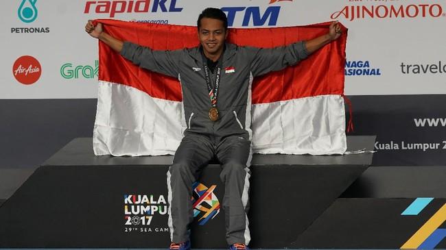 FOTO: Siman Sudartawa Pecahkan Rekor SEA Games di Malaysia