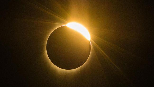 Gerhana matahari sebagian akan menyambangi langit Bumi bagian selatan pada 15 Februari mendatang.