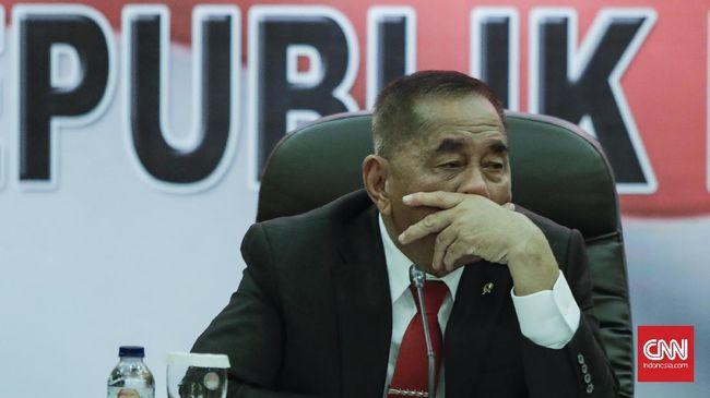 Ryamizard mengatakan, teguran merupakan hal yang biasa dilakukan Jokowi kepada anak buahnya. Gatot ditegur soal informasi pembelian 5.000 senjata.