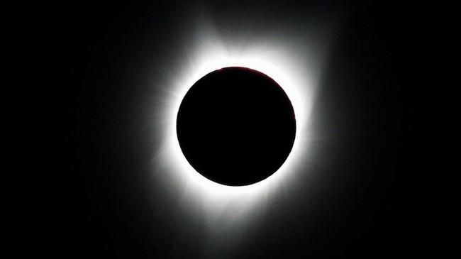 FOTO: Cara Unik Warga AS Nikmati Gerhana Matahari Total