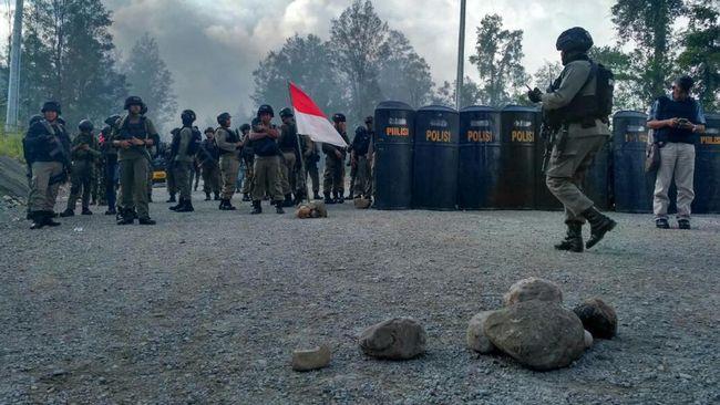 Sejumlah insiden penembakan yang terjadi di Papua dalam beberapa waktu terakhir, diduga terkait ada motif terkait Pilkada serentak 2018.