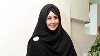 <p>Punya selera fashion yang bagus, Risty Tagor kerap tampil dengan hijab syar'i yang stylish. (Risty Tagor Palevi S/detikHOT)</p>