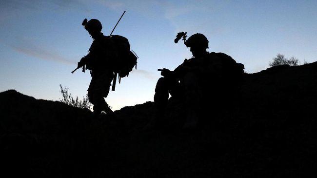 Wali Kota North Ogden, Utah, dilaporkan tewas ketika anggota komando Afghanistan melepaskan tembakan ke arah pasukan AS di Kabul, Afghanistan akhir pekan lalu.