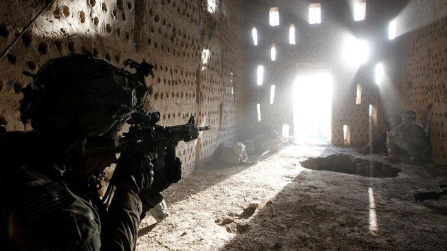 Seorang tentara AS kembali dilaporkan meninggal saat bertugas di Afghanistan, diperkirakan semakin menghambat proses perdamaian dengan kelompok Taliban.