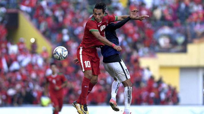 Pemain naturalisasi Ezra Walian dipastikan bisa membela Timnas Indonesia usai mendapatkan restu dari FIFA.