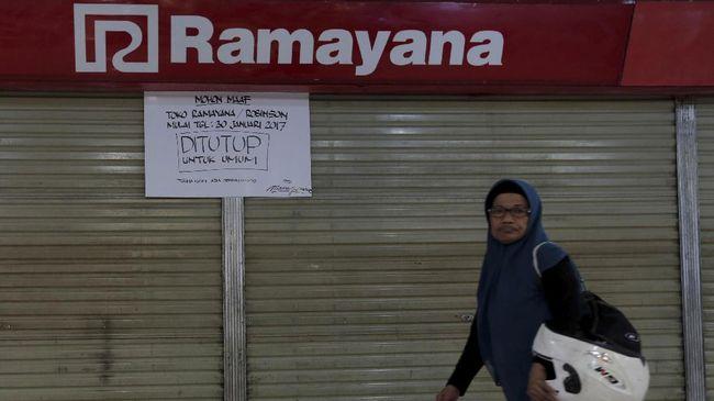 Penutupan Ramayana diklaim untuk merenovasi atau pembaruan gerai. Itu pun, khusus toko-toko non-pakaian alias supermarket.
