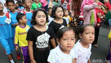 Melihat Lebih Dekat Desa-desa 'Penghasil' Anak Kembar
