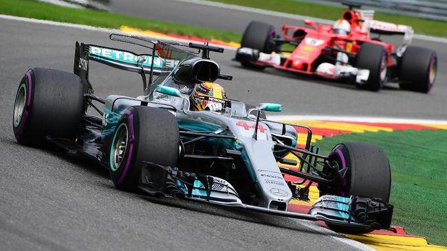 Pebalap Lewis Hamilton sementara unggul dalam sesi latihan bebas pertama di GP Amerika Serikat 2018.