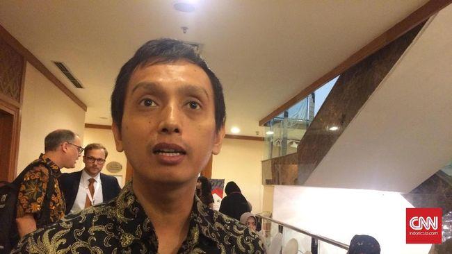Lembaga pemantau hak asasi manusia Imparsial berharap KSAD pengganti Jenderal Mulyono tidak terlibat kasus pelanggaran HAM.
