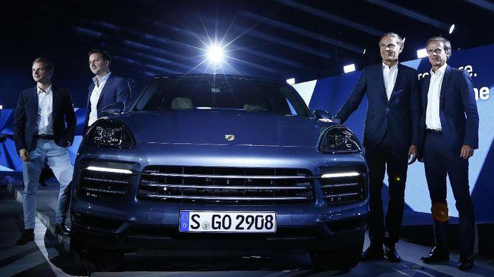 FOTO: Cayenne, Agresivitas Porsche di Segmen SUV