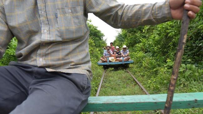 FOTO: Sampai Jumpa Kereta Bambu