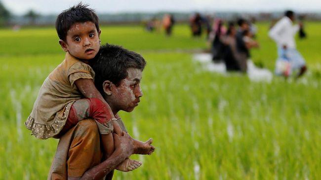 Perempuan dan anak-anak Rohingya menjadi korban terparah. Bahkan anak-anak terbatas akses untuk sekadar bermain. Banyak dari mereka juga mengalami gizi buruk.
