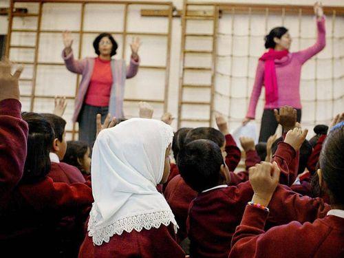 Ratusan SD di Inggris Akan Siapkan Hijab untuk Seragam Sekolah