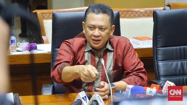 Ketua DPR Bambang Soesatyo menyatakan jet pribadi yang dipotret dan beredar di media sosial bukan miliknya.
