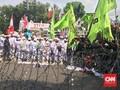 Ricuh, Demonstran Lempar Batu saat Protes di Kedubes Myanmar