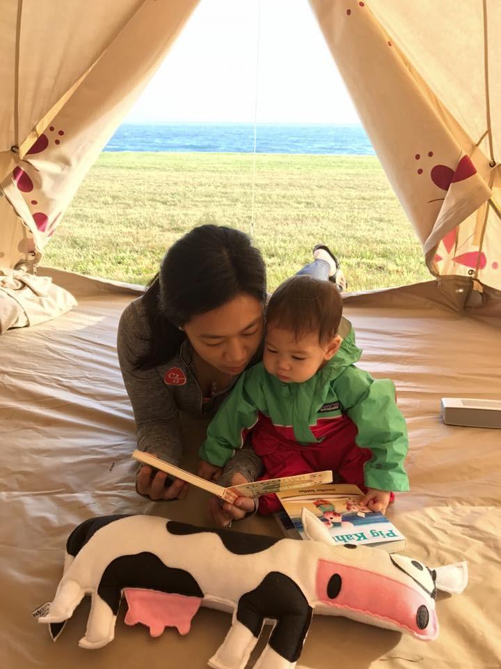Lihat yuk kelucuan putri Mark Zuckerberg, Maxima Chan Zuckerberg, yang berusia 2 tahun dan udah jadi kakak.