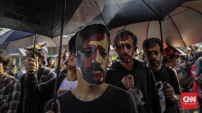 KontraS menyatakan bakal melaporkan Presiden Jokowi ke Ombudsman maupun pengadilan jika tak membuka dokmen Tim Pencari Fakta Kasus Pembunuhan Munir Said Thalib.