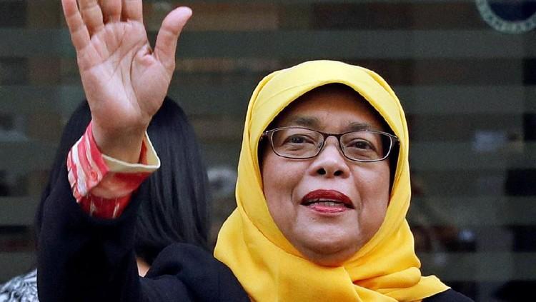 Halimah Yacob adalah wanita pertama yang terpilih jadi Presiden Singapura. Di awal kepemimpinannya, dia pernah diancam pendukung ISIS.