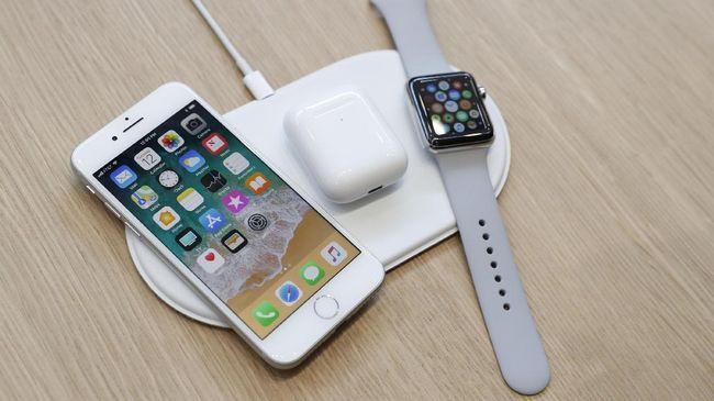 Apple berusaha menghapus jejak teknologi pengisi daya nirkabel, AirPower yang hingga kini tak kunjung dirilis setelah sempat diumumkan tahun lalu.