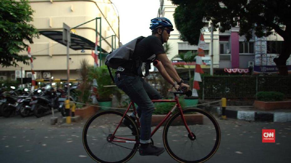 Cinta Sepeda Sang <i>Bike Messenger</i>