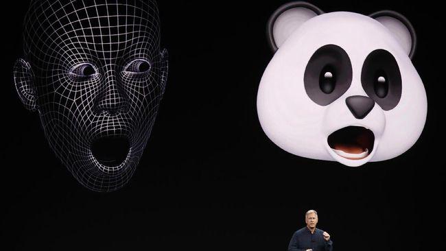 Samsung menyatakan My Emoji berbeda dengan Apple karena dianggap lebih personal menangkap keseluruhan wajah pengguna.