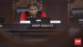 Tak Bawa Bukti, Kuasa Hukum Partai Garuda Ditegur Hakim MK