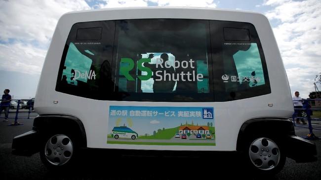 Jepang Manfaatkan Mobil Otonom untuk Manjakan Lansia