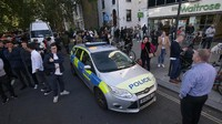 FOTO: Kepanikan di Stasiun London Kala Bom Mengguncang