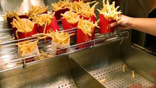 Ini Cara Jitu Hangatkan Fast Food Dalam Mobil