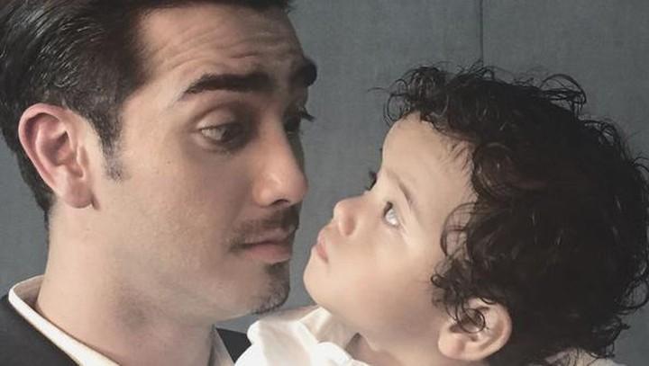 Kalau ayah yang satu ini, gimana, Bun? (Foto: Instagram/ @aialbar)